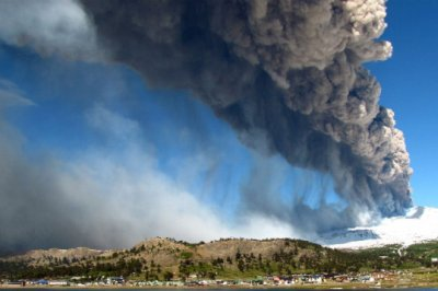 Copahue volcano spews ashes in Caviahue, Argentina